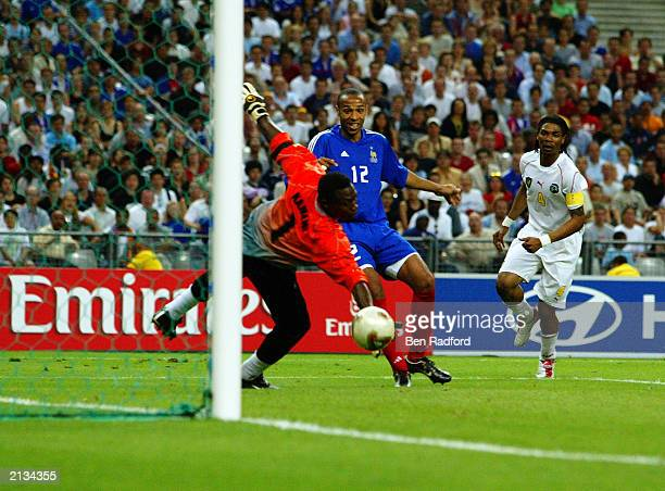 Thierry Henry of France scores the winning goal during the FIFA Confederations Cup Final between France and Cameroon held on June 29 2003 at the...