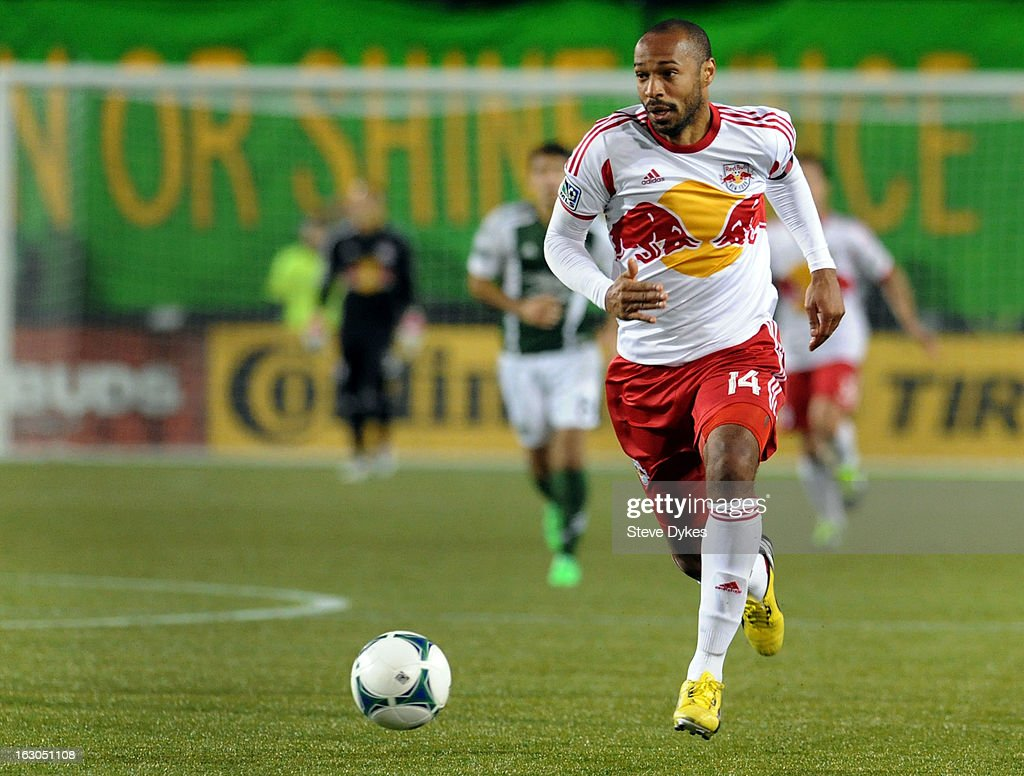 <a gi-track='captionPersonalityLinkClicked' href=/galleries/search?phrase=Thierry+Henry&family=editorial&specificpeople=167275 ng-click='$event.stopPropagation()'>Thierry Henry</a> #14 of New York Red Bulls brings the ball up the fiedl during the second half of the game against the Portland Timbers at Jeld-Wen Field on March 03, 2013 in Portland, Oregon. The game ended in a 3-3 draw.