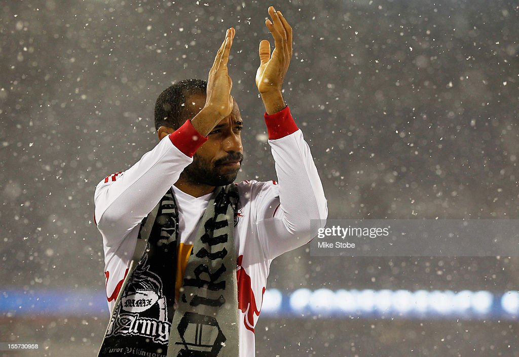 <a gi-track='captionPersonalityLinkClicked' href=/galleries/search?phrase=Thierry+Henry&family=editorial&specificpeople=167275 ng-click='$event.stopPropagation()'>Thierry Henry</a> #14 of the New York Red Bulls salutes the crowd after the match against the D.C. United was called due to unfavorable weather conditions at Red Bull Arena on November 7, 2012 in Harrison, New Jersey.