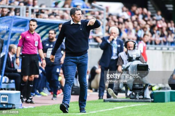 Thierry laurey coach of Strasbourg during the Ligue 1 match between Racing Club Strasbourg and Lille OSC at Stade de la Meinau on August 13 2017 in...