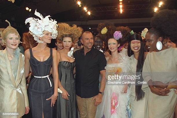 Thierry Mugler surrounded by his models including Ivanka Trump and Audrey Marney