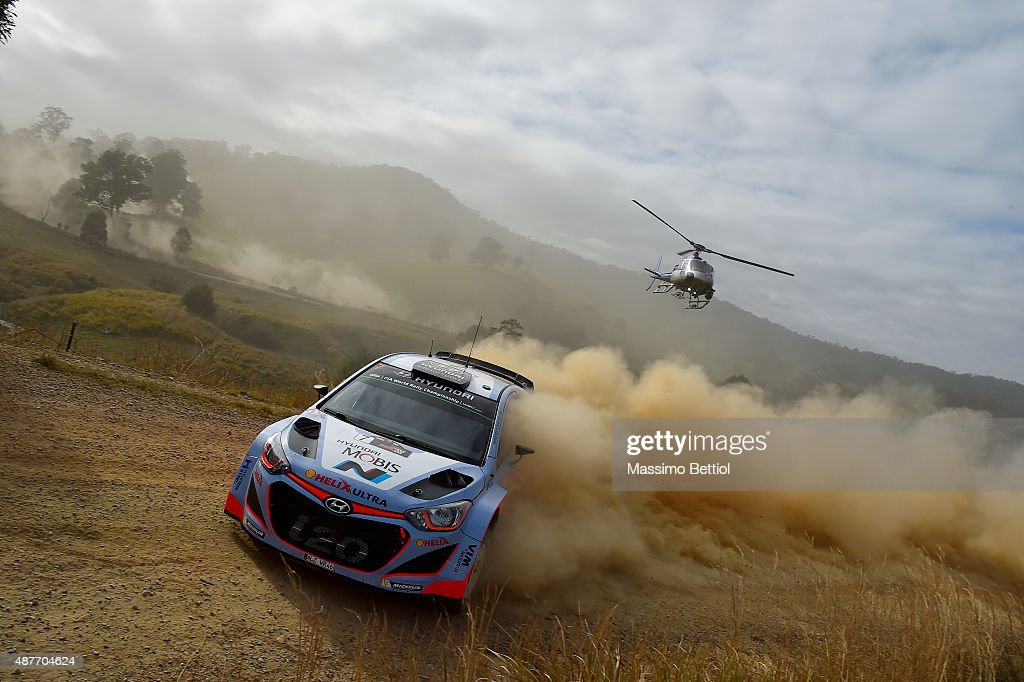 Thierry Neuville of Belgium and Nicolas Gilsoul of Belgium compete in their Hyundai Motorsport WRT Hyundai i20 WRC during Day One of the WRC Australia on September 11, 2015 in Coffs Harbour, Australia.