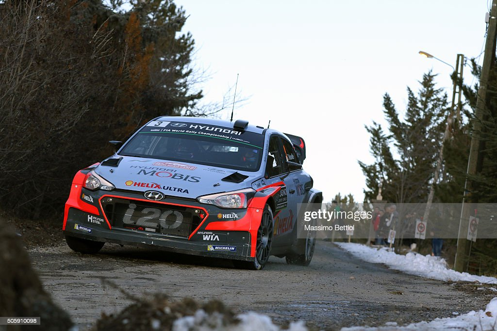 <a gi-track='captionPersonalityLinkClicked' href=/galleries/search?phrase=Thierry+Neuville&family=editorial&specificpeople=8627679 ng-click='$event.stopPropagation()'>Thierry Neuville</a> of Belgium and Nicolas Gilsoul of Belgium compete in their Hyundai Motorsport Hyundai i20 WRC during the Shakedown of the WRC Monte Carlo on January 20, 2016 in Gap, France.