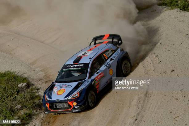 Thierry Neuville of Belgium and Nicolas Gilsoul of Belgium compete in their Hyundai Motorsport WRT Hyundai i20 WRC during Day Two of the WRC Portugal...