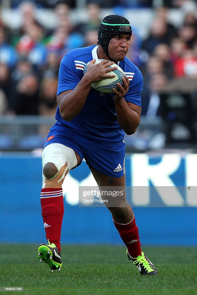 Thiery Dusatoir of France runs with the ball during the RBS Six Nations match between Italy and France at Stadio Olimpico on February 3, 2013 in Rome, Italy.