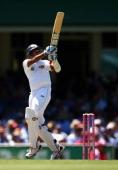 Thilan Samaraweera of Sri Lanka bats during day one of the Third Test match between Australia and Sri Lanka at Sydney Cricket Ground on January 3...