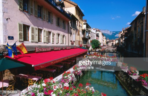thiou river running through town centre annecy rhonealpes france europe stock photo getty images. Black Bedroom Furniture Sets. Home Design Ideas