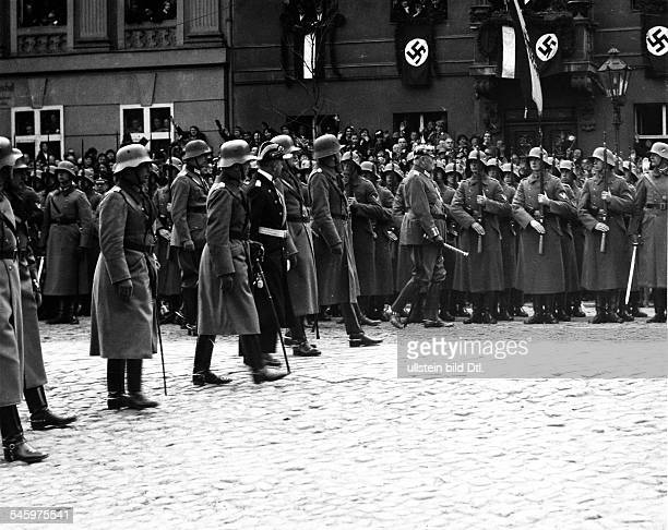 Third Reich opening of the Reichstag 'Day of Potsdam' President of the Reich Paul von Hindenburg together with chief commanders of the Reichswehr...