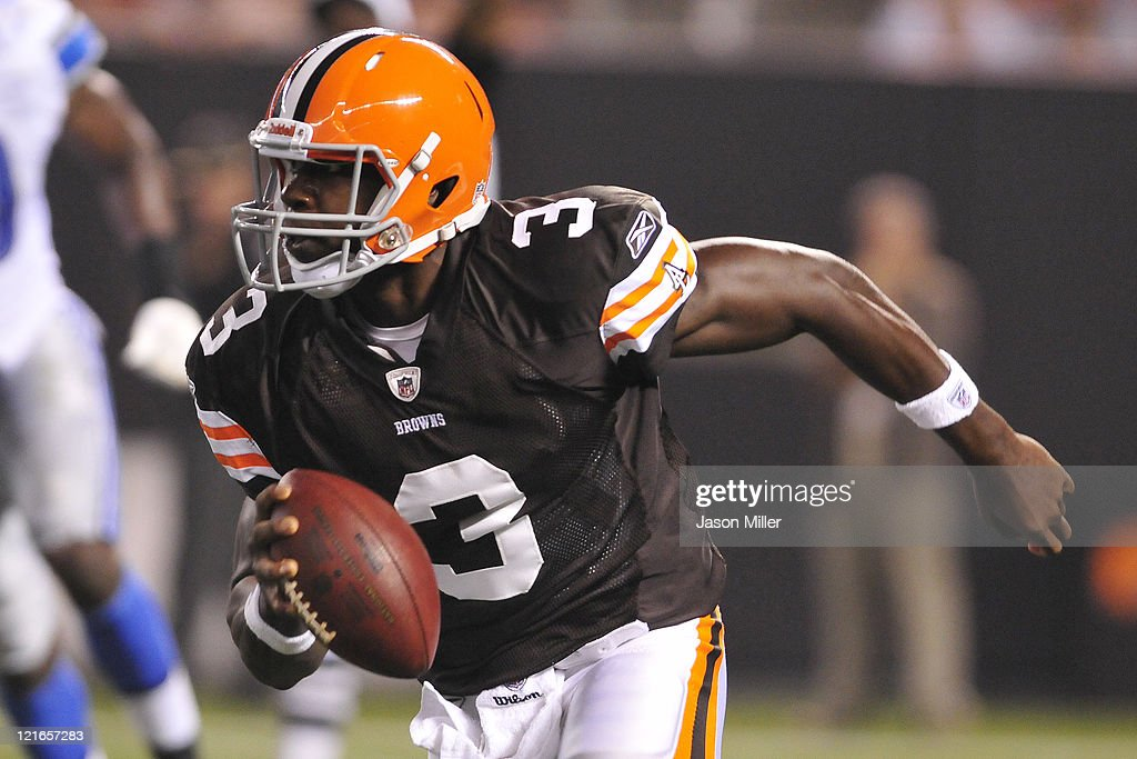 Third string quarterback <a gi-track='captionPersonalityLinkClicked' href=/galleries/search?phrase=Jarrett+Brown&family=editorial&specificpeople=4056499 ng-click='$event.stopPropagation()'>Jarrett Brown</a> #3 of the Cleveland Browns scrambles for nine yards during the fourth quarter against the Detroit Lions at Cleveland Browns Stadium on August 19, 2011 in Cleveland, Ohio. The Tigers defeated the Browns 30-28.