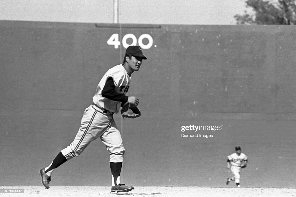 Thirdbaseman Shigeo Nagashima of the Tokyo Giants jogs towards the dugout at the end of an inning during a Spring Training game in March 1971 against...