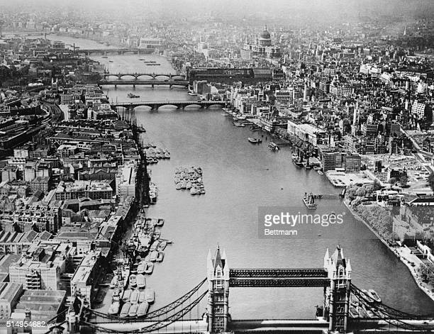 This excellent view of London was made just one year after hostilities ended It shows the historic Thames with its crowded banks pretty much as it...
