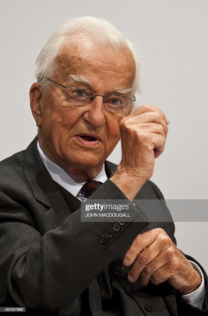 This file phot taken on September 9, 2011 shows former German president Richard von Weizsaecker during a function to mark the 50th anniversary of the Bergedorfer forum, a German think-tank initiated by the Koerber foundation, in Berlin. Weizsaecker died on January 31, 2015 aged 94. AFP PHOTO / JOHN MACDOUGALL