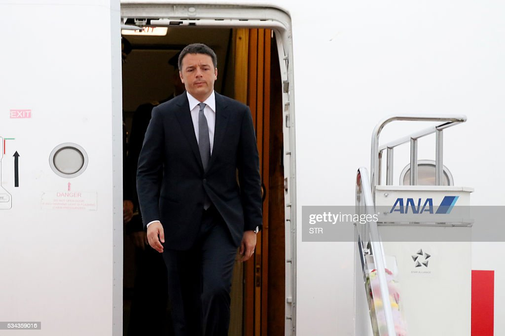 This hand out picture released by Foreign Ministry of Japan on May 26 2016 shows Italian Prime Minister Matteo Renzi arriving at the Chubu Centrair...