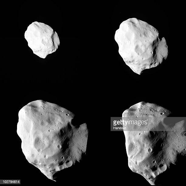 This handout photo illustration provided by the European Space Agency transmitted by the space craft Rosetta shows the final sequence of images...
