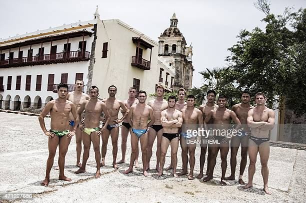 This handout photo received from Red Bull and taken on April 25 2015 shows the 14 divers Jonathan Paredes of Mexico Michal Navratil of the Czech...