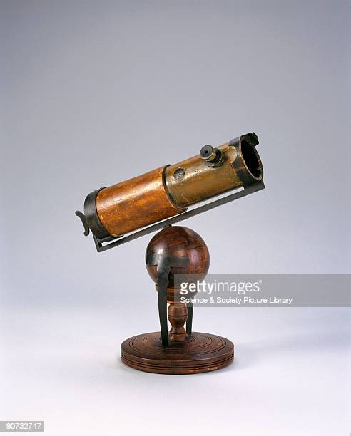 This is a replica of the first reflecting telescope made by Sir Isaac Newton and shown to the Royal Society in 1668 Newton�s telescope uses a concave...