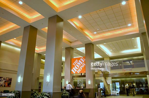 Atlanta Home Depot Stock Photos And Pictures Getty Images
