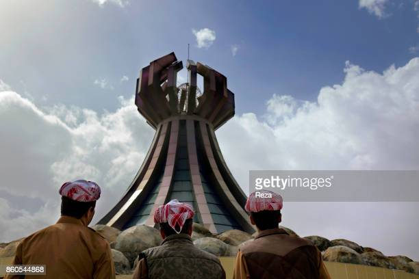 This monument honors the memory of the massacre of Halabja a chemical attack perpetrated in 1988 as part of Saddam Hussein's campaigns of genocide...