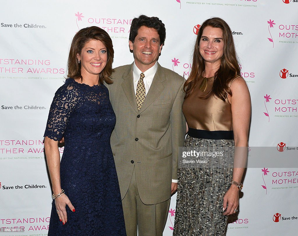 CBS' 'This Morning' co-host <a gi-track='captionPersonalityLinkClicked' href=/galleries/search?phrase=Norah+O%27Donnell&family=editorial&specificpeople=5668369 ng-click='$event.stopPropagation()'>Norah O'Donnell</a>, politician Mark Kennedy Shriver and actress <a gi-track='captionPersonalityLinkClicked' href=/galleries/search?phrase=Brooke+Shields&family=editorial&specificpeople=202197 ng-click='$event.stopPropagation()'>Brooke Shields</a> attend the 2014 Outstanding Mothers Awards at The Pierre Hotel on May 8, 2014 in New York City.