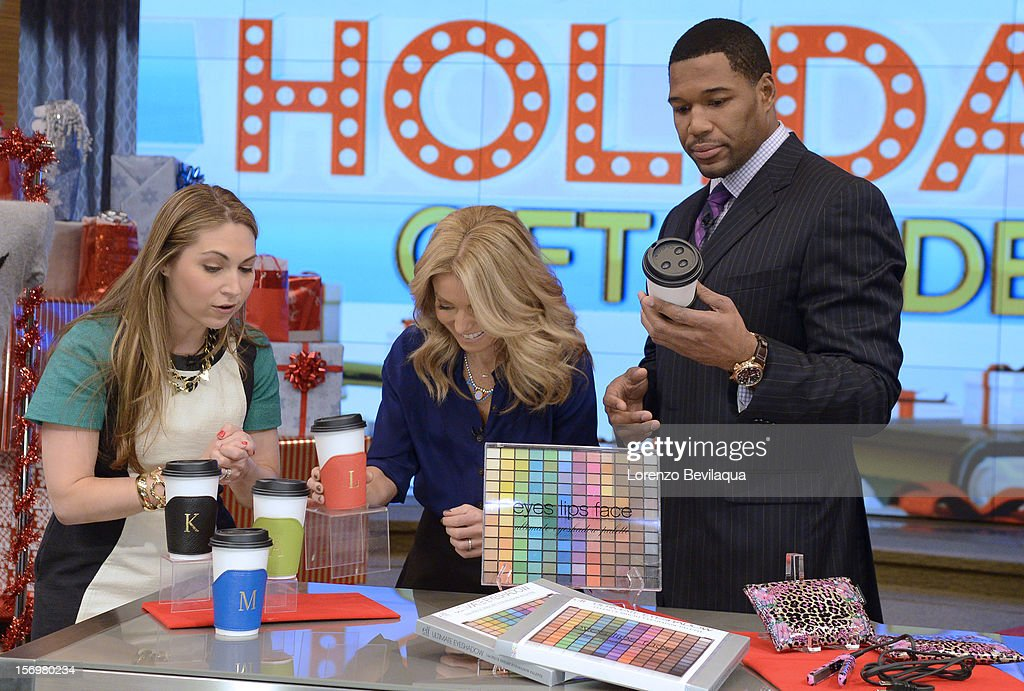 MICHAEL -11/26/12 - This morning ÒLuckyÓ style editor Lori Bergamotto shares tips on buying for women, as all this week the hosts explore great gift ideas for the holiday season with ÒLIVEÕs Holiday Gift GuideÓ on LIVE with Kelly and Michael,' distributed by Disney-ABC Domestic Television. STRAHAN