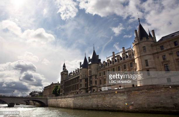 This picture taken on July 17 2009 in Paris shows the Conciergerie and the Paris Court House AFP PHOTO LOIC VENANCE