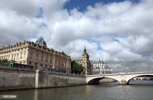 This picture taken on July 17 2009 in Paris shows the Conciergerie from the Seine River AFP PHOTO LOIC VENANCE
