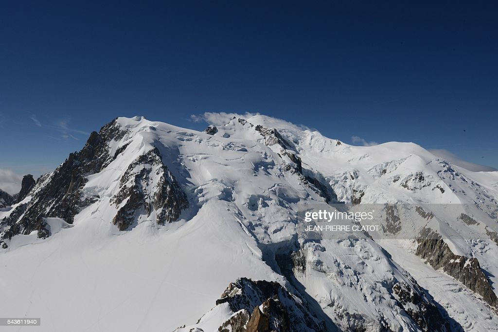 This picture taken on June 29, 2016 shows the Mont-Blanc peak (4807m) in the French Alps. / AFP / JEAN