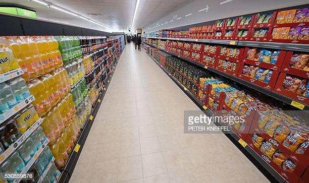 This picture taken on May 11 2016 shows the new Aldi store in Munich / AFP / dpa / Peter Kneffel / Germany OUT