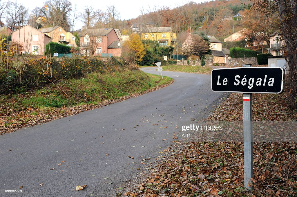 This picture taken on November 23, 2012 shows the plaque at the entrance of the quarter of Le Segala in the village of Banassac, southern France. The Movement for Oneness and Jihad in West Africa (MUJAO), one of the Islamist groups occupying northern Mali on November 22 claimed responsibility for the kidnapping of 61-year old Gilberto Rodriguez Leal, who was born in Portugal but is a French citizen, living in Le Segala quarter of Banassac. Gilberto Rodigriguez Leal was travelling from Mauritania to Mali with his camping car when he was kidnapped.