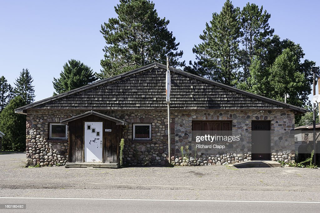 CONTENT] This small commercial building on Hwy 70 in Couderay, WI was constructed from fieldstone. Couderay was established as a lumbering town on a rail line. It is close to the Couderay Indian Indian Reservation in western WI. There are a number of fieldstone buildings in this small town.