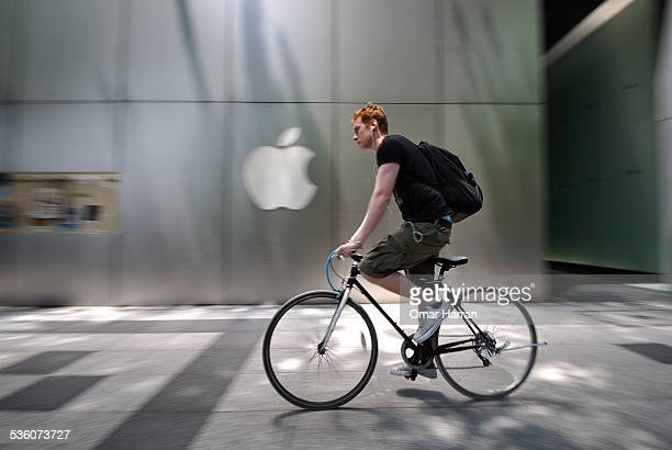 This was taken in Shinsaibashi shopping district Osaka Japan on the side of Apple's Osaka store I like the contrast between a western logo and the...