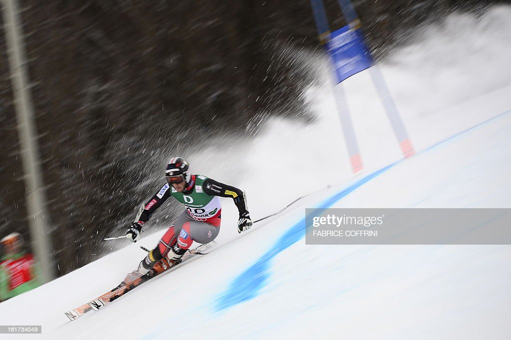 US Thomas Biesemeyer skis during the first run of the men's Giant slalom at the 2013 Ski World Championships in Schladming, Austria on February 15, 2013.