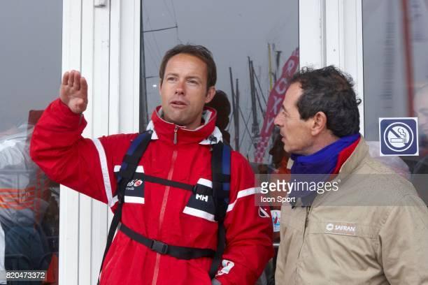 Thomas COVILLE / Marc GUILLEMOT / SAFRAN Ambiance sur les pontons la veille du depart Vendee Globe 2008 Les Sables d'Olonne