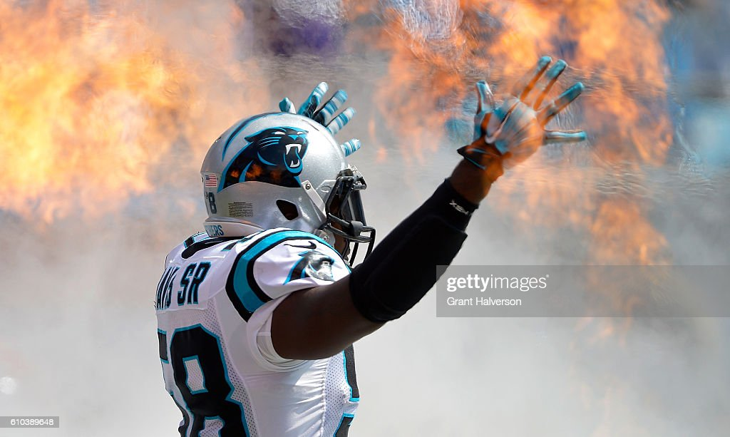 Thomas Davis #58 of the Carolina Panthers takes the field for their game against the Minnesota Vikings at Bank of America Stadium on September 25, 2016 in Charlotte, North Carolina.