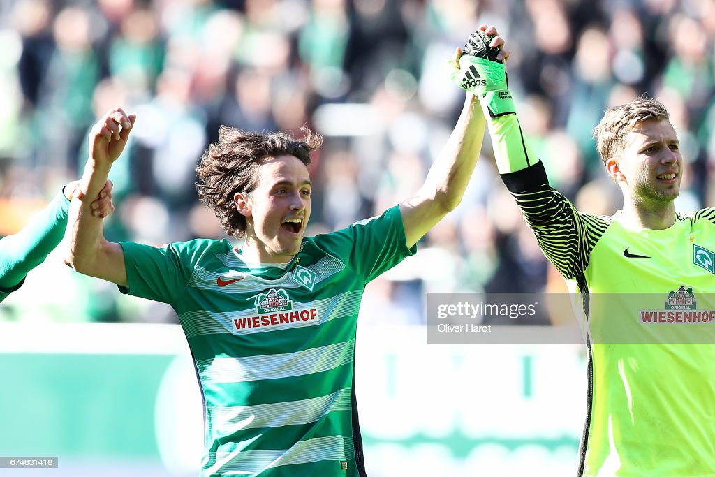 Thomas Delaney of Bremen celebrate after the Bundesliga match between Werder Bremen and Hertha BSC at Weserstadion on April 29, 2017 in Bremen, Germany.