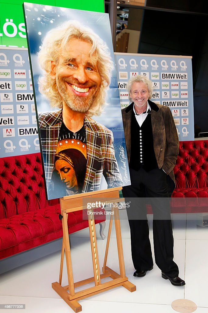 Thomas Gottschalk attends the Querdenker Award 2015 at BMW World on November 25, 2015 in Munich, Germany.