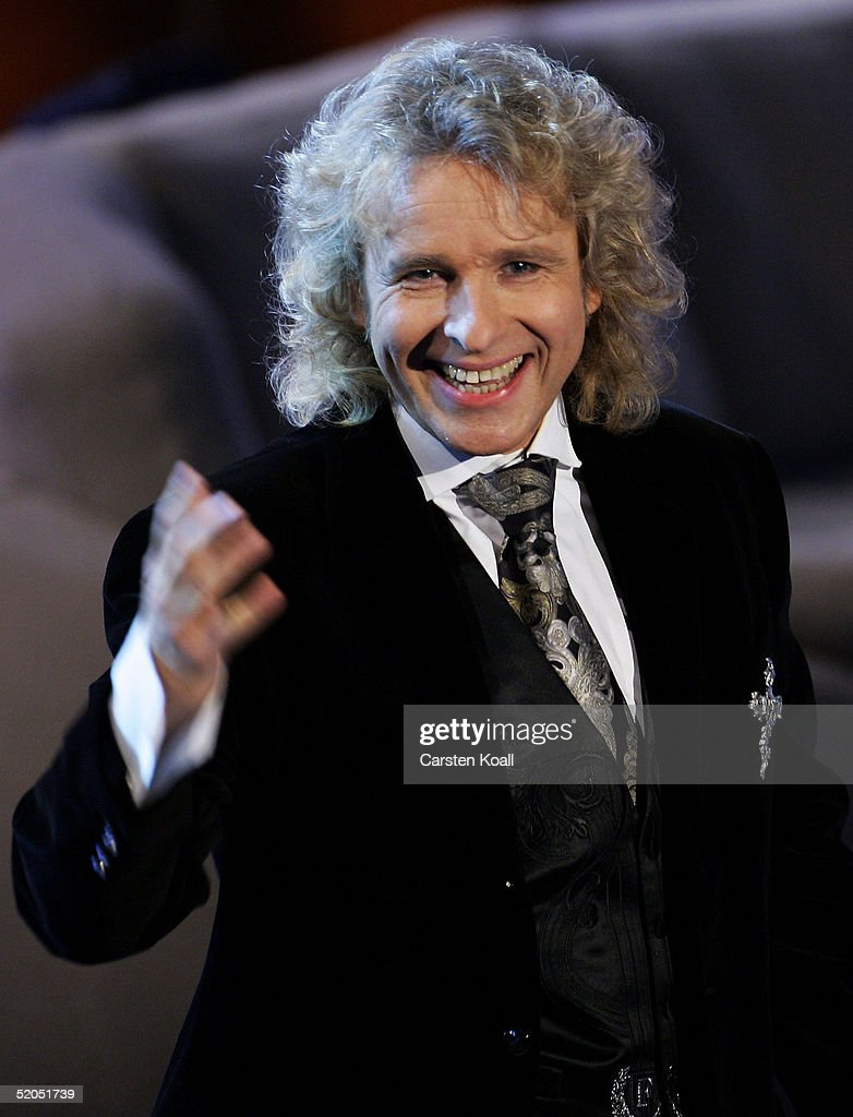Thomas Gottschalk hosts the 'Wetten Dass' television entertainment show at the TUI arena on January 222005 in Hannover Germany
