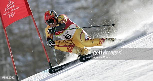 Thomas Grandi of Canada competes in the Mens Alpine Skiing Giant Slalom competition on Day 10 of the 2006 Turin Winter Olympic Games on February 20...