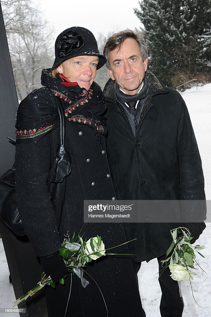 Thomas Guenther and his wife Carolin attend the memorial service for Steffen Kuchenreuther at the Waldfriedhof on January 25, 2013 in Munich, Germany.