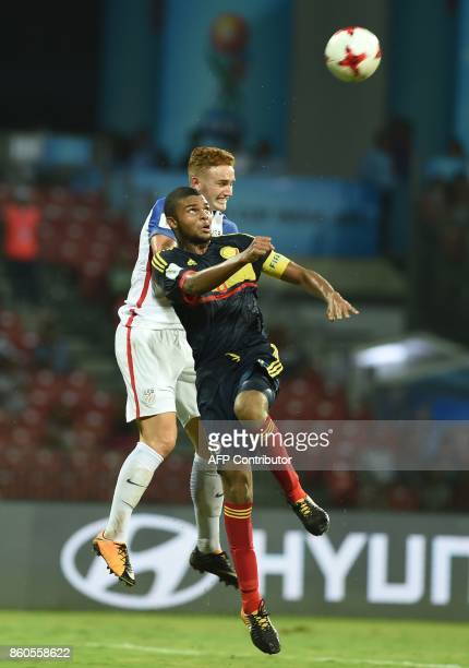 Thomas Gutierrez of Colombia and Josh Sargent of USA vie for a ball during the group stage football match between USA and Colombia in the FIFA U17...