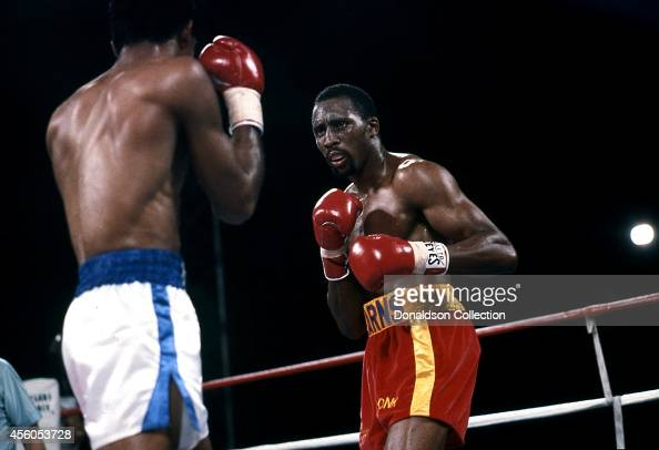 Thomas 'Hitman' Hearns and James 'Black Gold' Shuler at boxing match on March 10 1986 in Caesars Palace Las Vegas Nevada