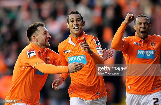 Thomas Ince of Blackpool celebrates with his team mates after scoring the opening goal during the npower Championship Playoff Semi Final 1st leg...
