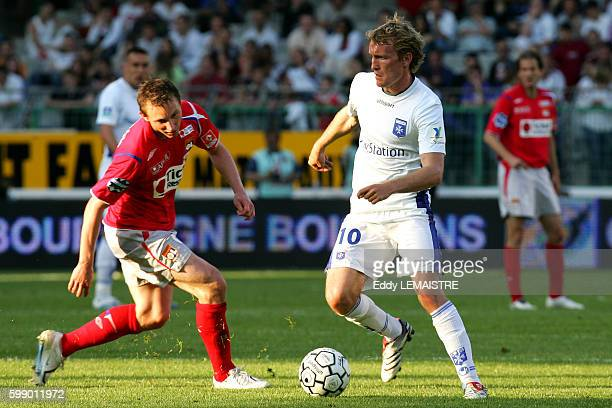 Thomas Kahlenberg and Kim Kallstrom during the Ligue 1 soccer match between AJ Auxerre and Oympique Lyonnais