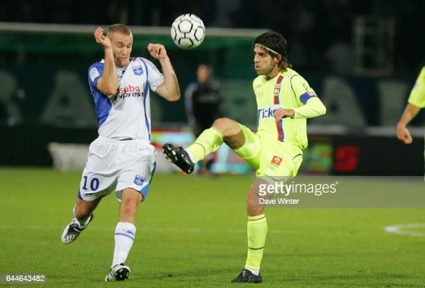 Thomas KAHLENBERG / JUNINHO Auxerre / Lyon Ligue 1 10e journee Photo Dave Winter / Icon Sport