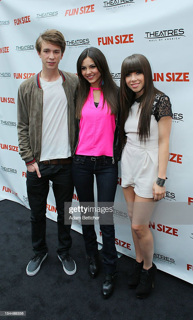 Thomas Mann Victoria Justice and special guest Carly Rae Jepsen attend the screening of 'Fun Size' at Mall Of America screening on October 20 2012 in...
