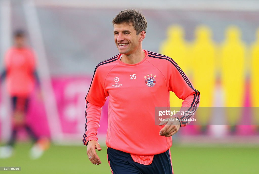 Thomas Mueller looks on during a FC Bayern Muenchen training session ahead of their UEFA Champions League semi final second leg match against Club Atletico de Madrid at the Saebener Strasse training ground on May 2, 2016 in Munich, Germany.
