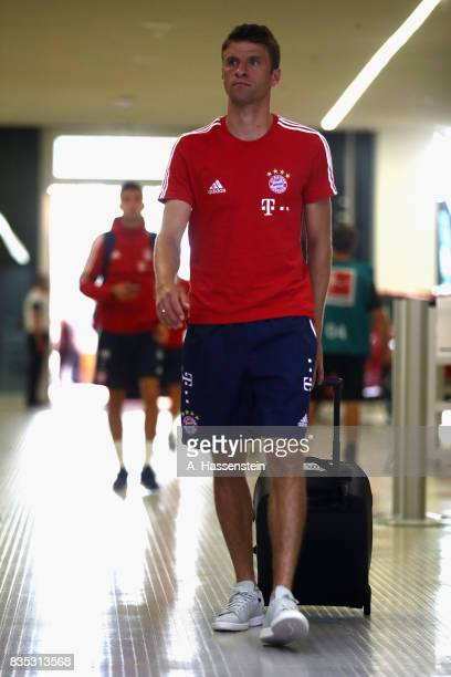 Thomas Mueller of Bayern Muenchen arrives for the Bundesliga match between FC Bayern Muenchen and Bayer 04 Leverkusen at Allianz Arena on August 18...