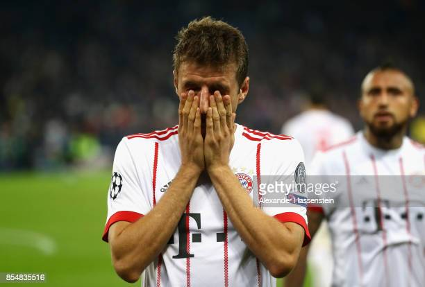 Thomas Mueller of Bayern Muenchen looks dejected following defeat after the UEFA Champions League group B match between Paris SaintGermain and Bayern...