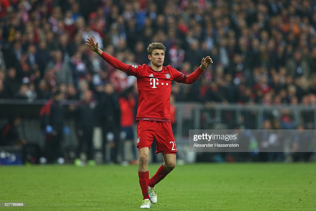 Thomas Mueller of Bayern Muenchen reacts during the UEFA Champions League semi final second leg match between FC Bayern Muenchen and Club Atletico de Madrid at Allianz Arena on May 3, 2016 in Munich, Germany.