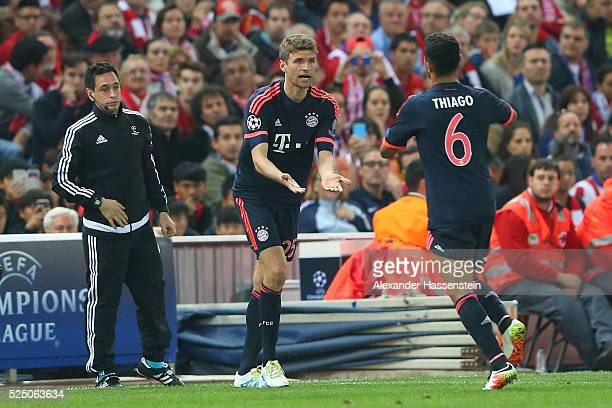 Thomas Mueller of Bayern Munich replaces Thiago Alcantara of Bayern Munich as a substitute during the UEFA Champions League semi final first leg...